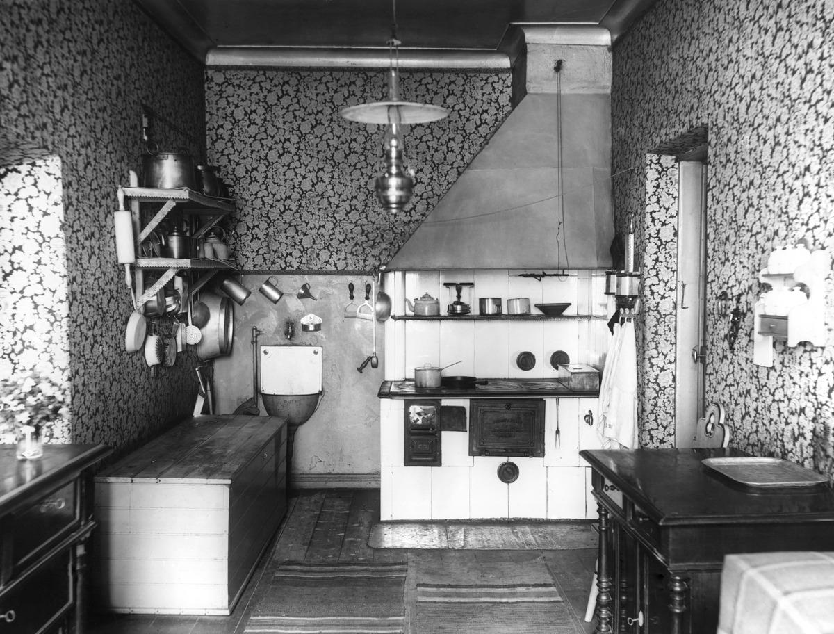 Keittiö, valokuva 1910 - 1919, Helsingin kaupunginmuseo