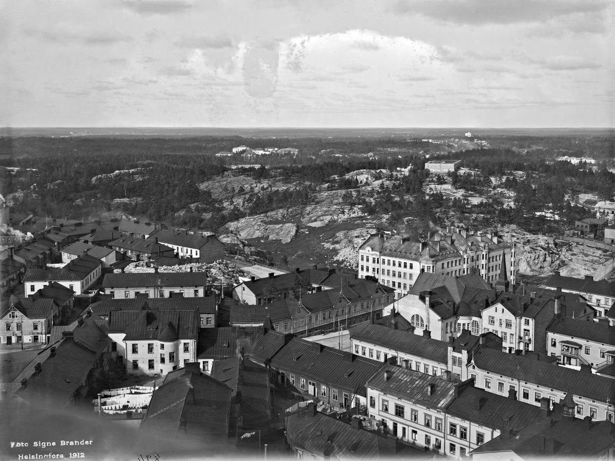 Panoraama Kallion kirkon tornista luoteeseen