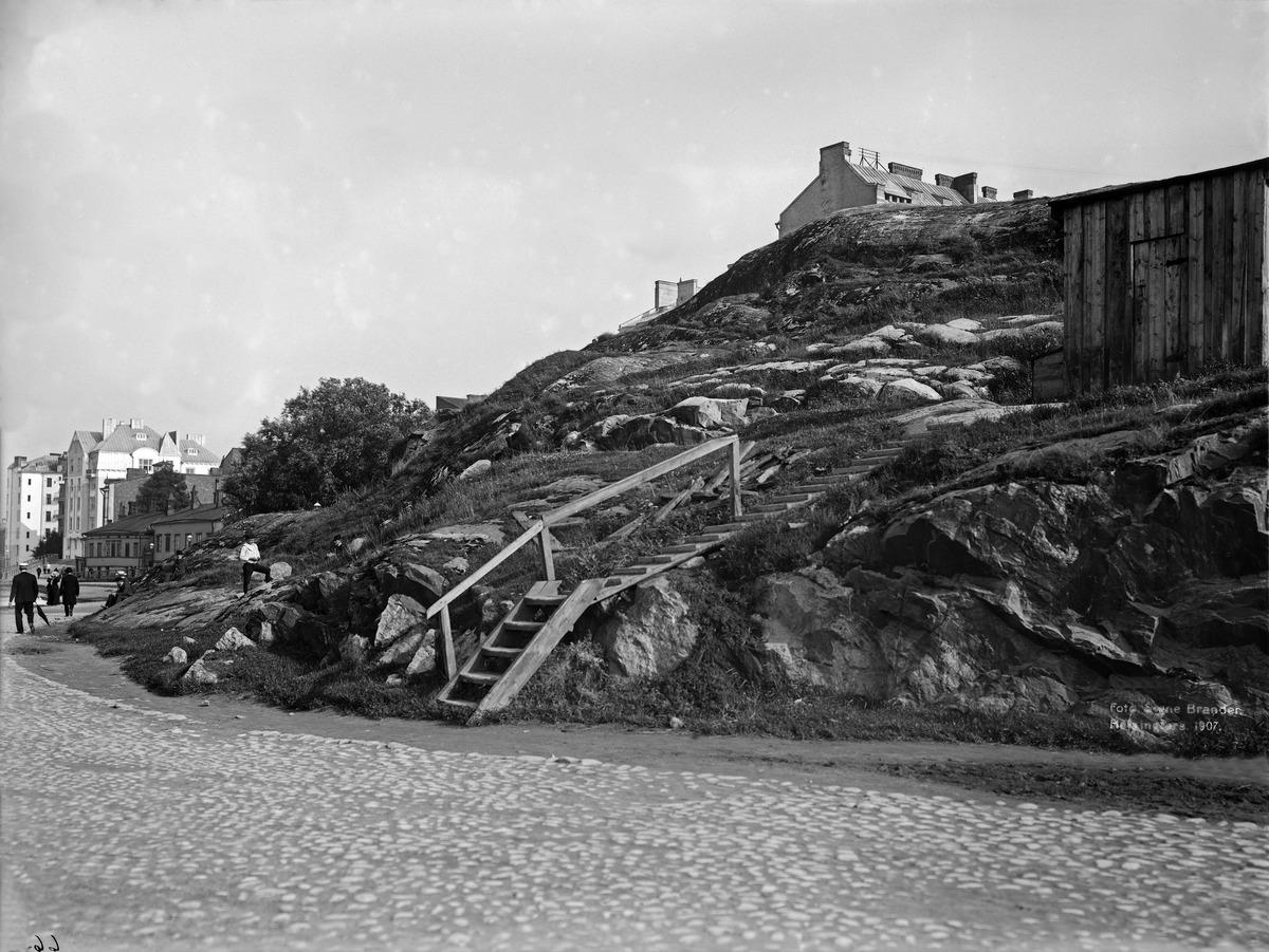 Siltavuori ja Siltavuorenkatu (Kirjatyöntekijänkatu) 8, 6.