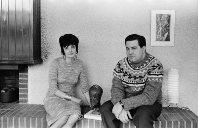 Islannin konsuli Kai Juuranto ja rouva Juuranto kotonaan, Puistokatu 3b.