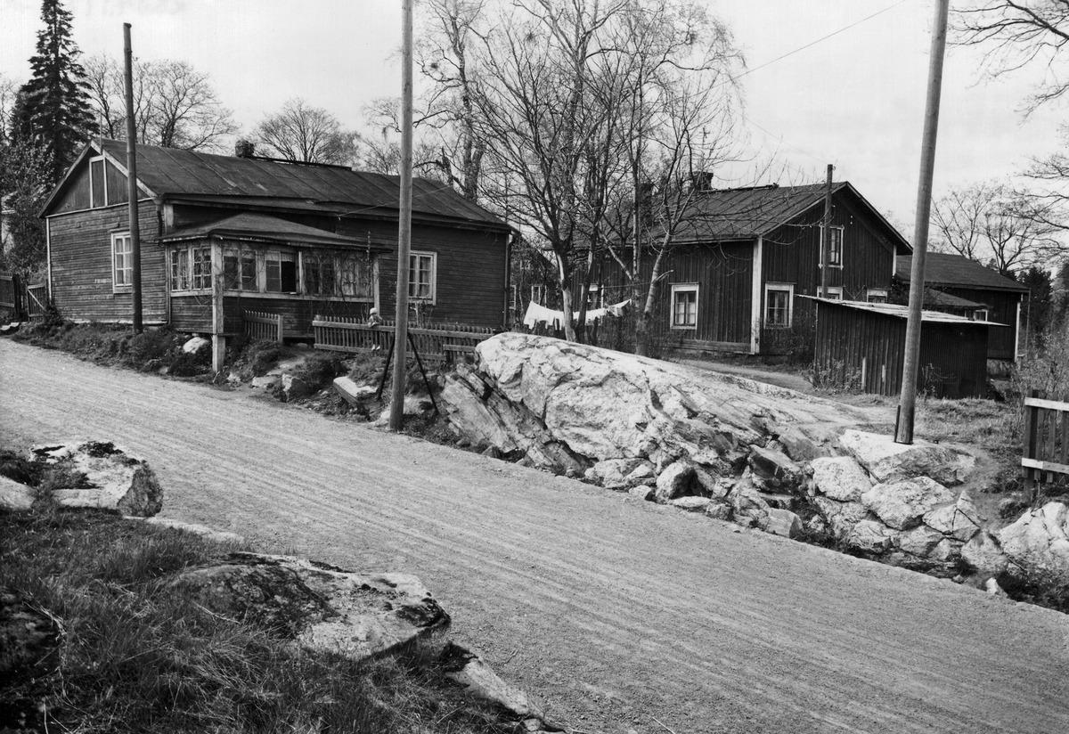 Oulunkylä, Patola, Bamsasin tilan päärakennus, Kantakyläntie 1 - 3.