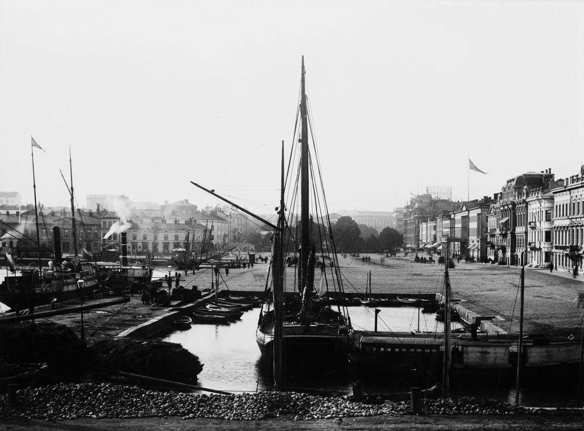 Eteläsatama, Kauppatori
