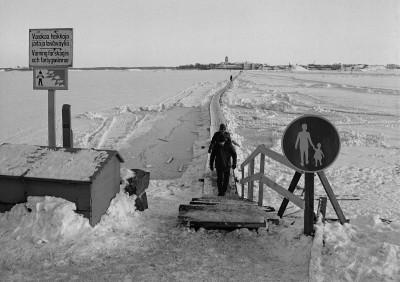 Suomenlinnan jäätie