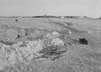 Suomenlinnan jäätie.