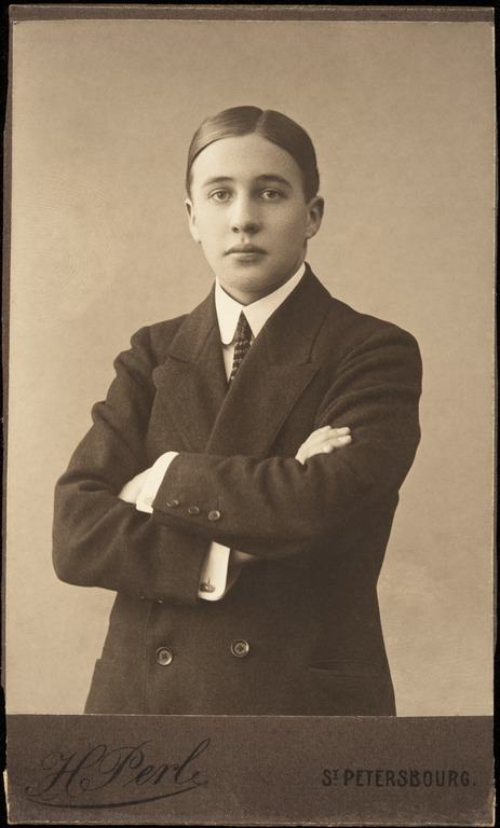 Constantin Grünberg 21-vuotiaana kuvattuna Pietarissa.
