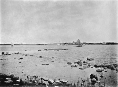 Näkymä Kaivopuiston rannasta kaakkoon merelle