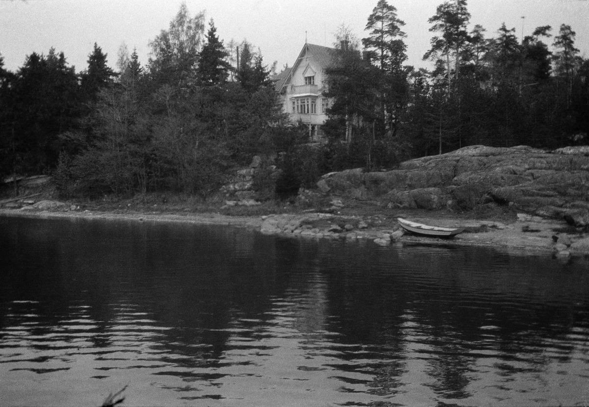Humallahti (nykyinen Sibeliuksen puisto), Gustaf Pauligin huvila Hummelvik