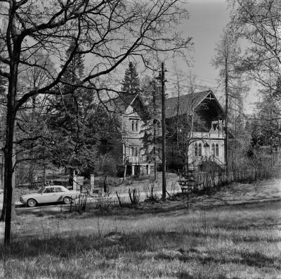 Meilahden huvila-alue, Villa Angelica, Waaranto, Tammisto, huvilapalsta nro 16, rakennus A