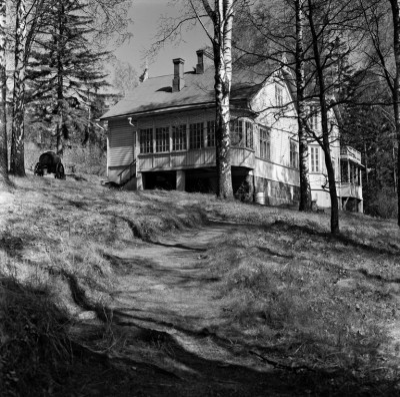 Meilahden huvila-alue, Furunäs, huvilapalsta nro 11, rakennus A