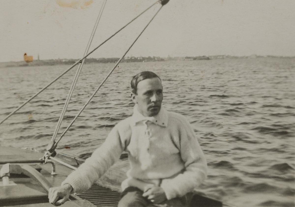 Constantin Grünberg purjehtimassa.