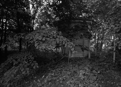 Erottajan vanha kaivo, joka on siirretty sittemmin puretun Huvila Puikkarin (Villa Nätstickan) pihalle Tammisalossa.