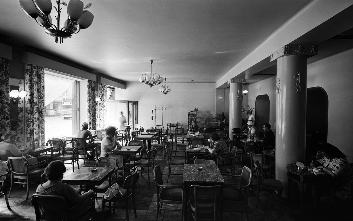 Ekbergin kahvila, Bulevardi 9.