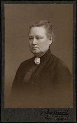 Helmi Edla Wilhelmina Holmgren o.s. Karsten (1865-1956).
