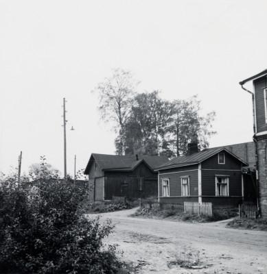 Saarenkatu 17 (nykyään Saarenkatu 15), Hermanni