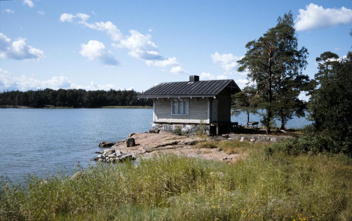 Meilahti, huvilapalsta 16, Villa Nybacka (Mäntyniemi), saunarakennus.