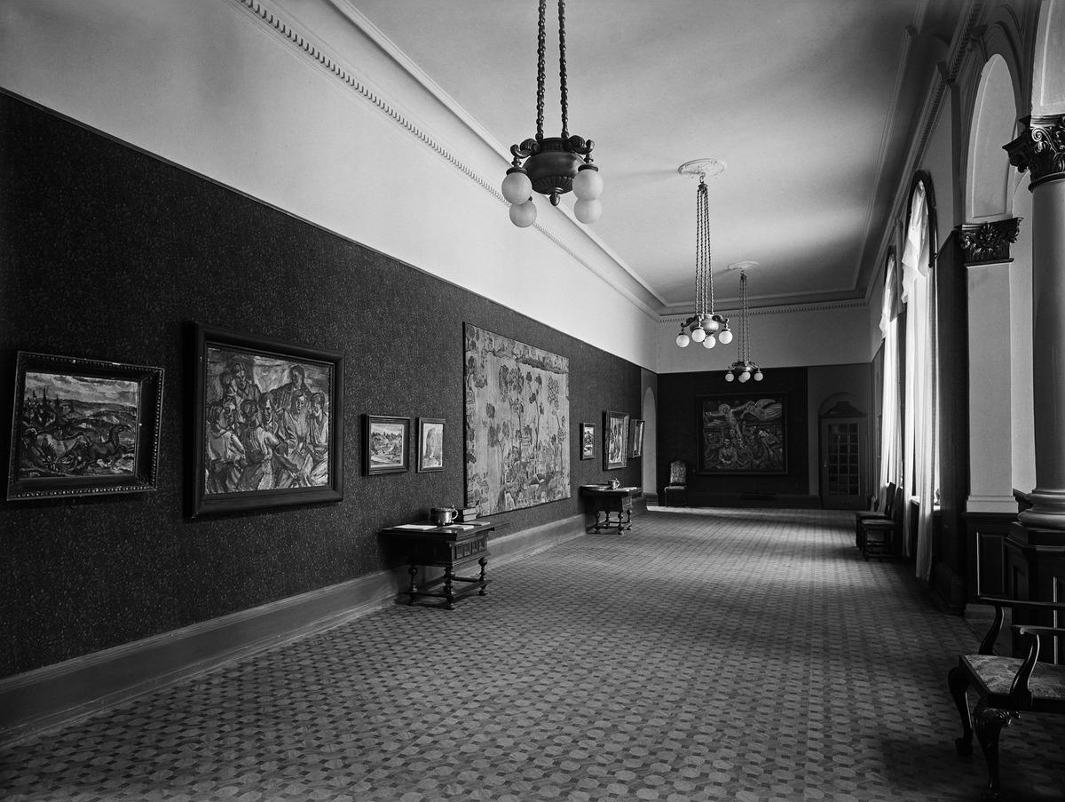 Stenmanin Taidepalatsi, joka sijaitsi vuosina 1919-1927 osoitteessa Läntinen Heikinkatu 10 (nyk. Mannerheimintie 6)