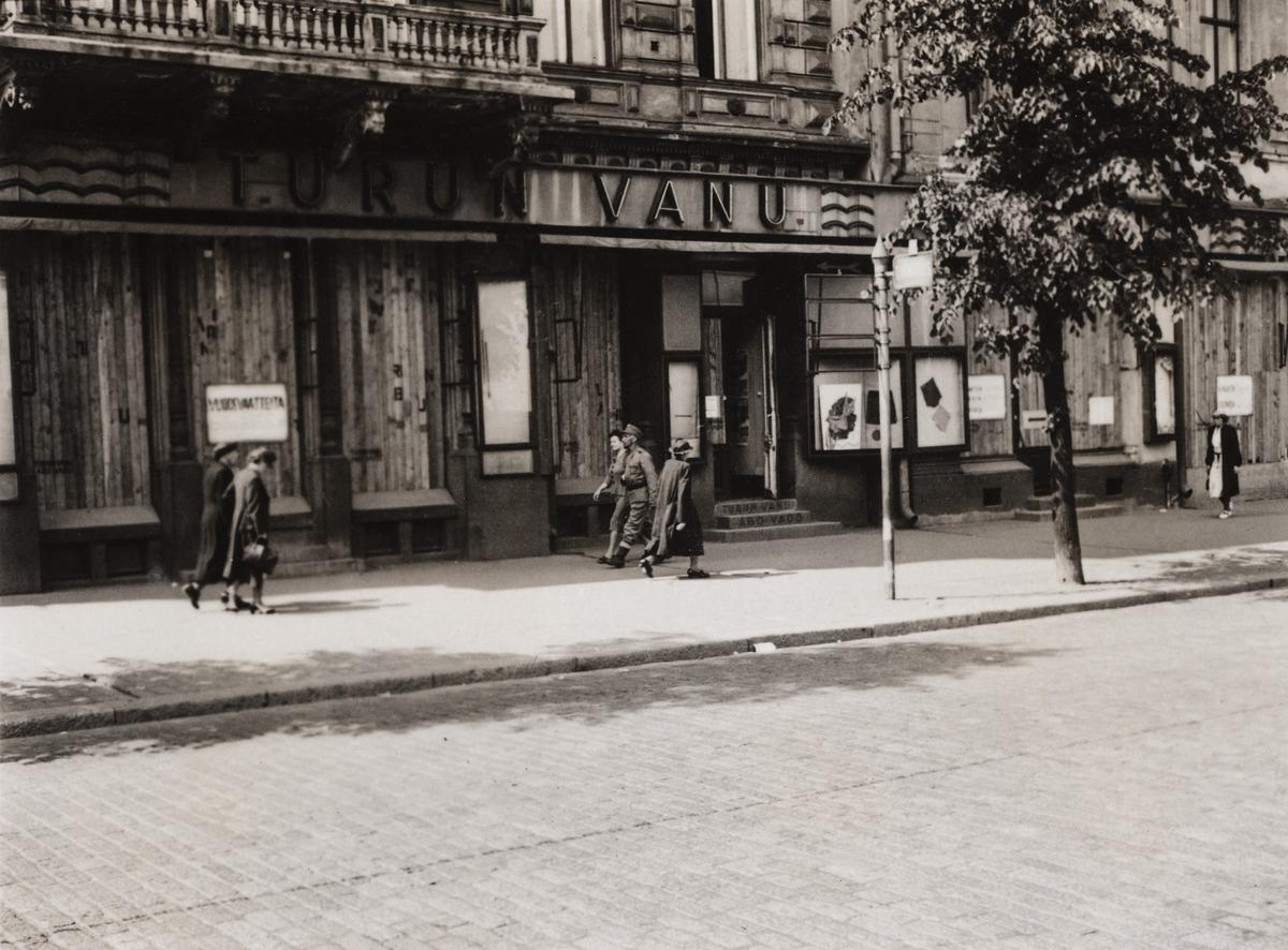 Turun Vanun myymälä, Länsi-Heikinkatu 6 (vuodesta 1942 Mannerheimintie 2a)