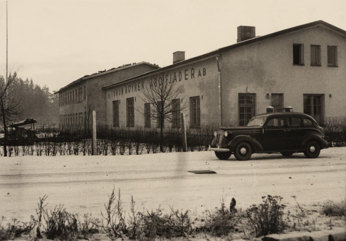 Turun Höyhen Oy:n tehdas, Kutomontie (nykyään Kutomotie) 2, Pitäjänmäki