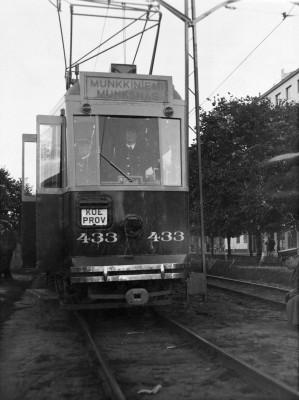 Erottaja - Munkkiniemi -raitiolinjan uuden vaunutyypin koeajo 9.10.1941