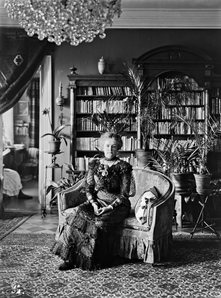 Professorinrouva Anna af Schültén