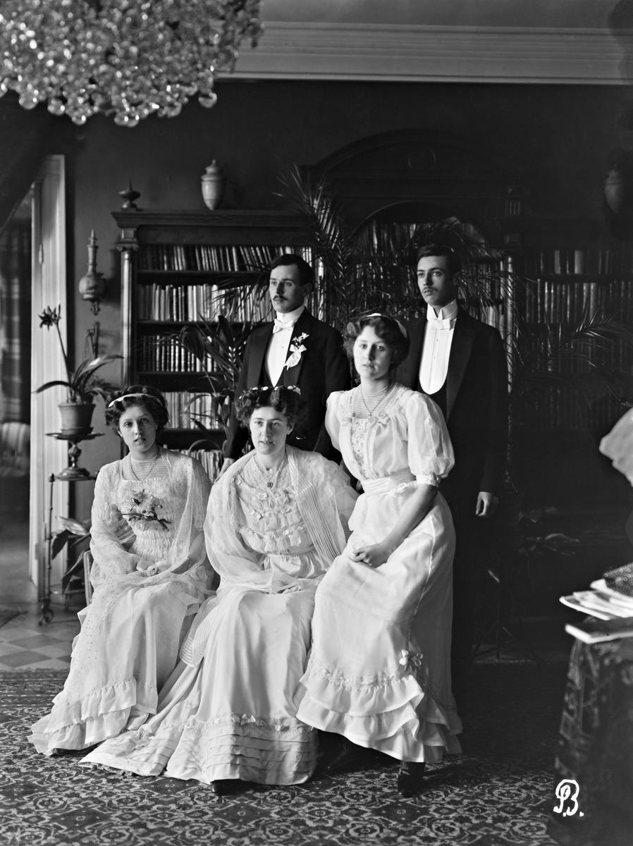 Vapaaherra, professori Maximus Widekind af Schülténin (21.9.1847 - 13.5.1899) ja Anna Lovisa Emilia af Schülténin lapset